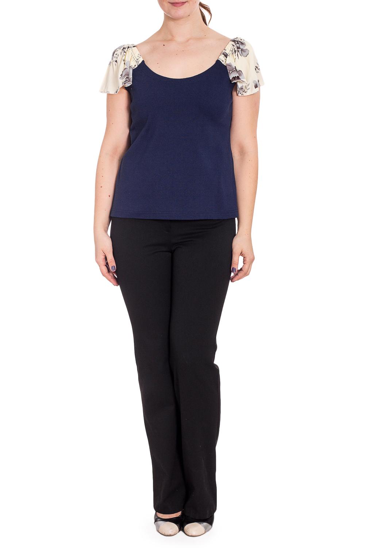 БлузкаБлузки<br>Чудесная блузка с короткими рукавами. Модель выполнена из приятного материала. Отличный выбор для повседневного гардероба.  В изделии использованы цвета: синий, бежевый и др.  Рост девушки-фотомодели 180 см.<br><br>Горловина: С- горловина<br>По материалу: Трикотаж,Хлопок<br>По рисунку: Растительные мотивы,С принтом,Цветные,Цветочные<br>По сезону: Весна,Зима,Лето,Осень,Всесезон<br>По силуэту: Полуприталенные<br>По стилю: Повседневный стиль,Летний стиль<br>Рукав: Короткий рукав<br>Размер : 50-52,54,56,60-62<br>Материал: Трикотаж<br>Количество в наличии: 10