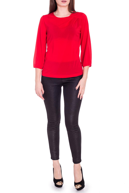 БлузкаБлузки<br>Яркая блузка с круглой горловиной и рукавами 3/4. Модель выполнена из приятного материала. Отличный выбор для любого случая.   В изделии использованы цвета: красный  Рост девушки-фотомодели 170 см.<br><br>Горловина: С- горловина<br>По материалу: Шифон<br>По рисунку: Однотонные<br>По сезону: Весна,Зима,Лето,Осень,Всесезон<br>По силуэту: Полуприталенные<br>По стилю: Нарядный стиль,Повседневный стиль<br>Рукав: Рукав три четверти<br>Размер : 46,50,52,54,56<br>Материал: Шифон<br>Количество в наличии: 5