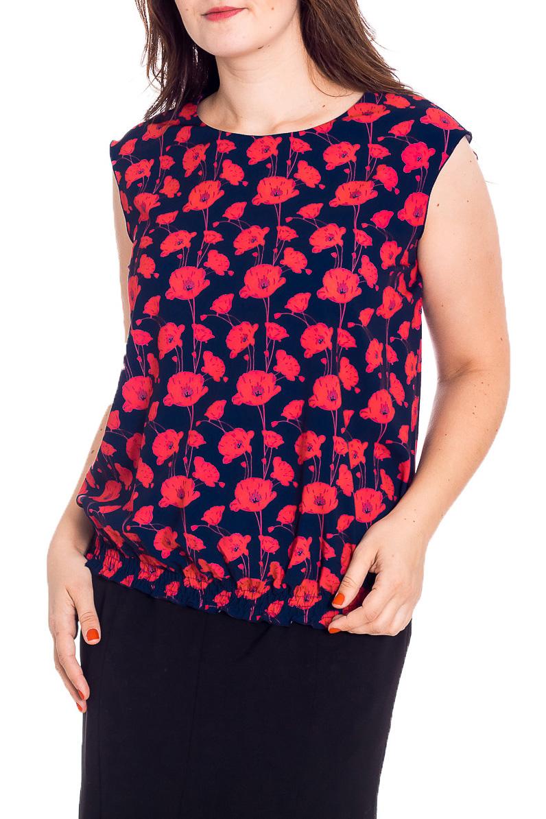 БлузкаБлузки<br>Эта очаровательная блузка без рукавов подойдет представительницам прекрасного пола в любых жизненных ситуациях. Полупрозрачный материал, из которого выполнено изделие, придает женскому образу нарядности, а удачный крой делает эту модель практичной и комфортной. Отличительной особенностью этой блузки является присобранный несколькими рядами резинки ее низ и приспущенное плечо, благодаря чему женщина становится более привлекательной и соблазнительной для мужского пола. Вырез-quot;лодочкаquot; и чуть спущенное плечо придадут немного строгости и лаконичности образу, в то время как фактура шифона добавит нарядности. Низ блузы мягко прилегает к телу с небольшим напуском при помощи рядов строчек нитки-резинки. Блуза без рукавов свободного силуэта. Перед и спинка без отличительных особенностей. Плечо удлиненное.  Длина изделия 63 см  В изделии использованы цвета: коралловый, синий  Рост девушки-фотомодели 180 см<br><br>По материалу: Вискоза,Тканевые<br>По рисунку: Растительные мотивы,С принтом,Цветные,Цветочные<br>По сезону: Весна,Зима,Лето,Осень,Всесезон<br>По силуэту: Прямые<br>По стилю: Повседневный стиль,Летний стиль<br>Горловина: С- горловина<br>Рукав: Без рукавов<br>Размер : 50,52,54<br>Материал: Блузочная ткань<br>Количество в наличии: 3