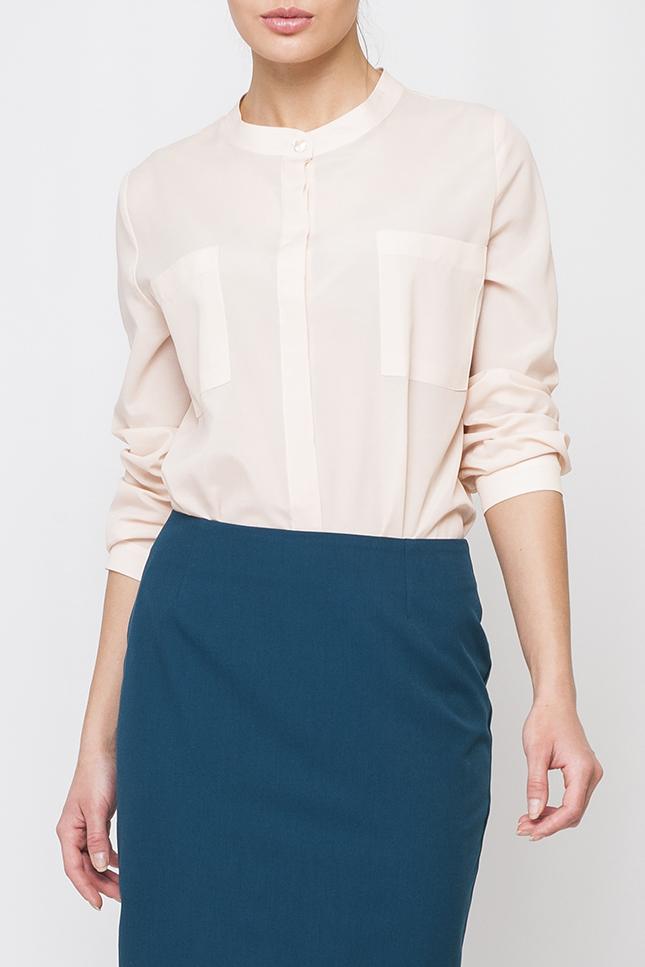 БлузкаБлузки<br>Однотонная блузка прямого силуэта с длинными рукавами и застежкой на пуговицы. Отличный выбор для любого случая. Блузка без пояса.  Параметры изделия:  44 размер: обхват по линии груди 102 см, обхват по линии бедер 103 см, длина по спинке - 64,2 см, длина рукава - 59 см;  52 размер: обхват по линии груди 118 см, обхват по линии бедер 119 см, длина по спинке - 68,5 см, длина рукава - 60 см  Цвет: кремовый  Рост девушки-фотомодели 170 см<br><br>Горловина: С- горловина<br>Застежка: С пуговицами<br>По материалу: Блузочная ткань<br>По рисунку: Однотонные<br>По сезону: Весна,Зима,Лето,Осень,Всесезон<br>По силуэту: Прямые<br>По стилю: Офисный стиль,Повседневный стиль<br>Рукав: Длинный рукав<br>Размер : 42,46,48,50<br>Материал: Шифон<br>Количество в наличии: 6