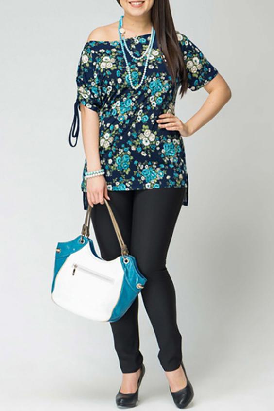 БлузкаБлузки<br>Великолепная блузка с глубокой горловиной и короткими рукавами. Модель выполнена из приятного материала с цветочным принтом. Отличный выбор для повседневного гардероба.  Цвет: синий, голубой, белый, зеленый  Рост девушки-фотомодели 170 см<br><br>Горловина: Лодочка<br>По материалу: Трикотаж<br>По рисунку: Растительные мотивы,С принтом,Цветные,Цветочные<br>По сезону: Весна,Зима,Лето,Осень,Всесезон<br>По силуэту: Полуприталенные<br>По стилю: Повседневный стиль<br>Рукав: Короткий рукав<br>Размер : 58<br>Материал: Холодное масло<br>Количество в наличии: 1