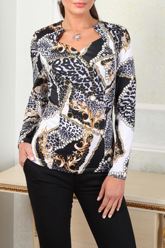 БлузкаБлузки<br>Эффектная блузка с фигурной горловиной и длинными рукавами. Модель выполнена из приятного трикотажа. Отличный выбор для повседневного гардероба.  В изделии использованы цвета: белый, черный, бежевый  Параметры (обхват груди; обхват талии; обхват бедер): 44 размер - 88; 66,4; 96 см 46 размер - 92; 70,6; 100 см 48 размер - 96; 74,2; 104 см 50 размер - 100; 90; 106 см 52 размер - 104; 94; 110 см 54-56 размер - 108-112; 98-102; 114-118 см 58-60 размер - 116-120; 106-110; 124-130 см<br><br>Горловина: Фигурная горловина<br>По материалу: Трикотаж<br>По образу: Город<br>По рисунку: Леопард,С принтом,Цветные<br>По сезону: Весна,Зима,Лето,Осень,Всесезон<br>По силуэту: Приталенные<br>По стилю: Повседневный стиль<br>Рукав: Длинный рукав<br>Размер : 50<br>Материал: Трикотаж<br>Количество в наличии: 1