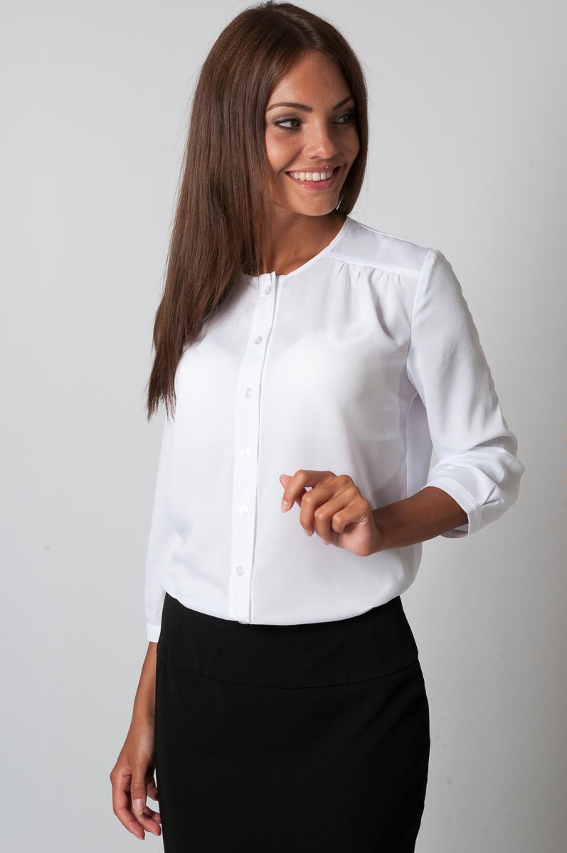 БлузкаБлузки<br>Прекрасная блузка с круглой горловиной и рукавами 3/4. Модель выполнена из приятного материала. Отличный выбор для любого случая.  Параметры изделия:  44 размер: длина изделия по спинке - 67см, полуобхват по линии груди - 51см, длина рукава - 44см;  54 размер: длина изделия по спинке - 71см, полуобхват по линии груди - 61см, длина рукава - 45см  Цвет: белый  Рост девушки-фотомодели 170 см<br><br>Горловина: С- горловина<br>Застежка: С пуговицами<br>По материалу: Блузочная ткань,Тканевые<br>По образу: Город,Офис,Свидание<br>По рисунку: Однотонные<br>По сезону: Весна,Зима,Лето,Осень,Всесезон<br>По силуэту: Прямые<br>По стилю: Молодежный стиль,Нарядный стиль,Офисный стиль,Повседневный стиль<br>Рукав: Рукав три четверти<br>Размер : 54,56,58,60<br>Материал: Блузочная ткань<br>Количество в наличии: 1