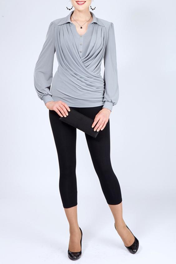 БлузкаБлузки<br>Красивая блузка с драпировкой по переду изделия. Модель выполнена из приятного материала. Отличный выбор для любого случая.  В изделии использованы цвета: серый  Параметры (обхват груди; обхват талии; обхват бедер): 44 размер - 88; 66,4; 96 см 46 размер - 92; 70,6; 100 см 48 размер - 96; 74,2; 104 см 50 размер - 100; 90; 106 см 52 размер - 104; 94; 110 см 54-56 размер - 108-112; 98-102; 114-118 см 58-60 размер - 116-120; 106-110; 124-130 см  Ростовка изделия 170 см.<br><br>Воротник: Отложной<br>Застежка: С пуговицами<br>По материалу: Трикотаж<br>По образу: Город,Свидание<br>По рисунку: Однотонные<br>По сезону: Весна,Зима,Лето,Осень,Всесезон<br>По силуэту: Приталенные<br>По стилю: Повседневный стиль<br>По элементам: С декором,С манжетами,Со складками<br>Рукав: Длинный рукав<br>Размер : 48<br>Материал: Холодное масло<br>Количество в наличии: 1