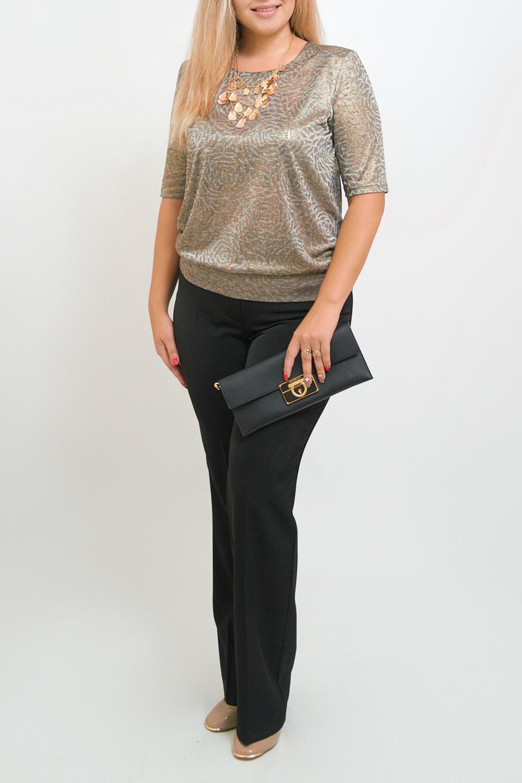 БлузкаБлузки<br>Нарядная блузка с рукавами до локтя. Модель выполнена из приятного материала. Отличный выбор для любого случая.  В изделии использованы цвета: золотистый и др.  Ростовка изделия 170 см.<br><br>Горловина: С- горловина<br>По материалу: Трикотаж<br>По рисунку: Растительные мотивы,С принтом,Цветные,Цветочные<br>По сезону: Весна,Зима,Лето,Осень,Всесезон<br>По силуэту: Полуприталенные<br>По стилю: Нарядный стиль,Повседневный стиль<br>Рукав: До локтя<br>Размер : 50-52,62-64<br>Материал: Трикотаж<br>Количество в наличии: 3
