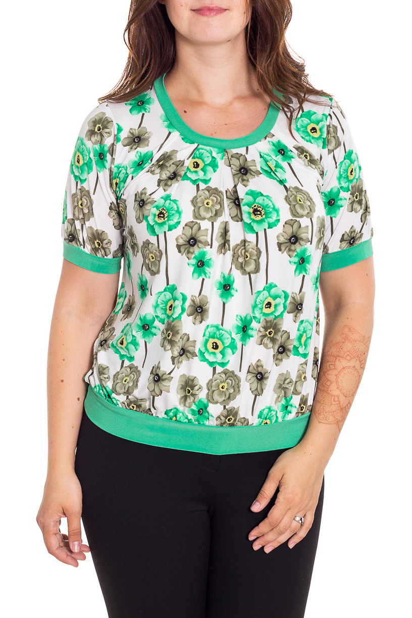 БлузкаБлузки<br>Цветная блузка с короткими рукавами. Модель выполнена из приятного трикотажа. Отличный выбор для любого случая.  В изделии использованы цвета: белый, зеленый и др.  Рост девушки-фотомодели 180 см<br><br>Горловина: С- горловина<br>По материалу: Вискоза,Трикотаж<br>По образу: Город,Свидание<br>По рисунку: Растительные мотивы,С принтом,Цветные,Цветочные<br>По сезону: Весна,Зима,Лето,Осень,Всесезон<br>По силуэту: Полуприталенные<br>По стилю: Повседневный стиль<br>По элементам: Со складками<br>Рукав: Короткий рукав<br>Размер : 48,50,52,54,56,58<br>Материал: Холодное масло<br>Количество в наличии: 12