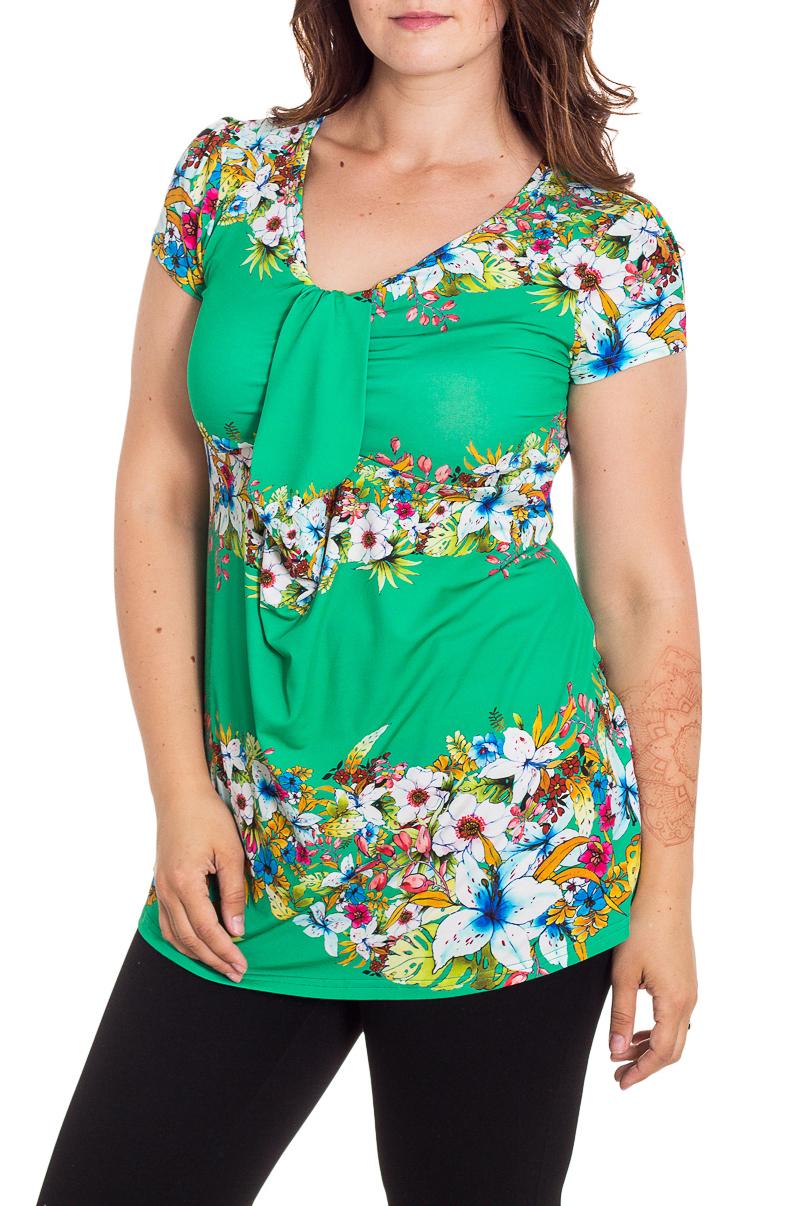 БлузкаБлузки<br>Цветная блузка с короткими рукавами. Модель выполнена из приятного трикотажа. Отличный выбор для любого случая.  В изделии использованы цвета: зеленый, белый и др.  Рост девушки-фотомодели 180 см<br><br>Горловина: С- горловина<br>По материалу: Вискоза,Трикотаж<br>По рисунку: Растительные мотивы,С принтом,Цветные,Цветочные<br>По сезону: Весна,Зима,Лето,Осень,Всесезон<br>По силуэту: Полуприталенные<br>По стилю: Повседневный стиль,Летний стиль<br>По элементам: Со складками<br>Рукав: Короткий рукав<br>Размер : 46,48,50,52,54,56,58<br>Материал: Холодное масло<br>Количество в наличии: 14