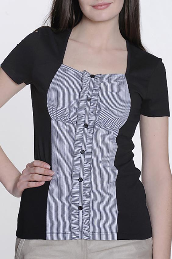 БлузкаБлузки<br>Красивая блузка с фигурной горловиной и короткими рукавами. Модель выполнена из приятного материала. Отличный выбор для любого случая.  Цвет: черный, белый  Ростовка изделия 170 см.<br><br>Застежка: С пуговицами<br>По материалу: Вискоза,Трикотаж<br>По рисунку: В полоску,С принтом,Цветные<br>По сезону: Весна,Зима,Лето,Осень,Всесезон<br>По силуэту: Приталенные<br>По стилю: Повседневный стиль,Летний стиль<br>По элементам: С декором<br>Рукав: Короткий рукав<br>Горловина: Квадратная горловина<br>Размер : 44,48<br>Материал: Вискоза<br>Количество в наличии: 3
