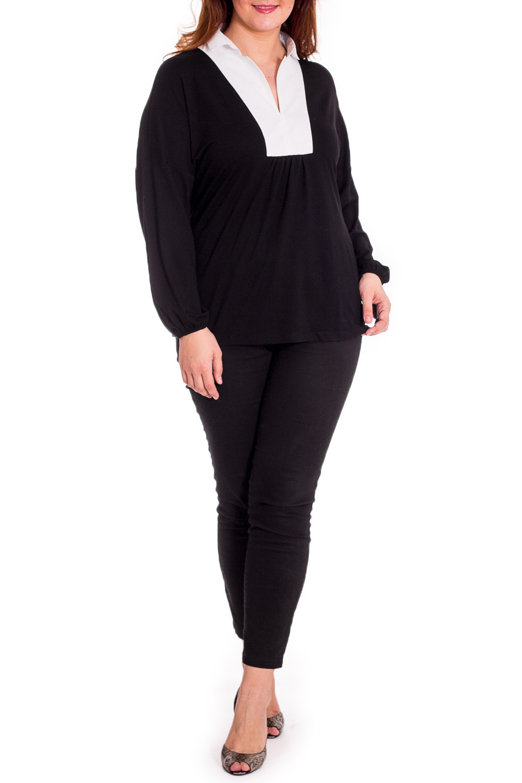 БлузкаБлузки<br>Красивая блузка с длинными рукавами. Модель выполнена из мягкой вискозы. Отличный выбор для повседневного гардероба.  Цвет: черный, белый  Рост девушки-фотомодели 180 см<br><br>Горловина: V- горловина<br>По материалу: Вискоза,Трикотаж<br>По рисунку: Однотонные<br>По сезону: Весна,Зима,Лето,Осень,Всесезон<br>По силуэту: Свободные<br>По стилю: Повседневный стиль<br>Рукав: Длинный рукав<br>Размер : 50,52<br>Материал: Вискоза<br>Количество в наличии: 2