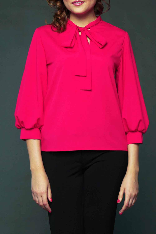 БлузкаБлузки<br>Прекрасная блузка с декоративными завязками у горловины. Модель выполнена из приятного материала. Отличный выбор для любого случая.  Цвет: розовый  Рост девушки-фотомодели 177 см<br><br>По материалу: Блузочная ткань,Тканевые<br>По образу: Город,Свидание<br>По рисунку: Однотонные<br>По сезону: Весна,Всесезон,Зима,Лето,Осень<br>По силуэту: Свободные<br>По стилю: Повседневный стиль<br>Рукав: Рукав три четверти<br>По элементам: С манжетами<br>Размер : 44-46<br>Материал: Блузочная ткань<br>Количество в наличии: 1