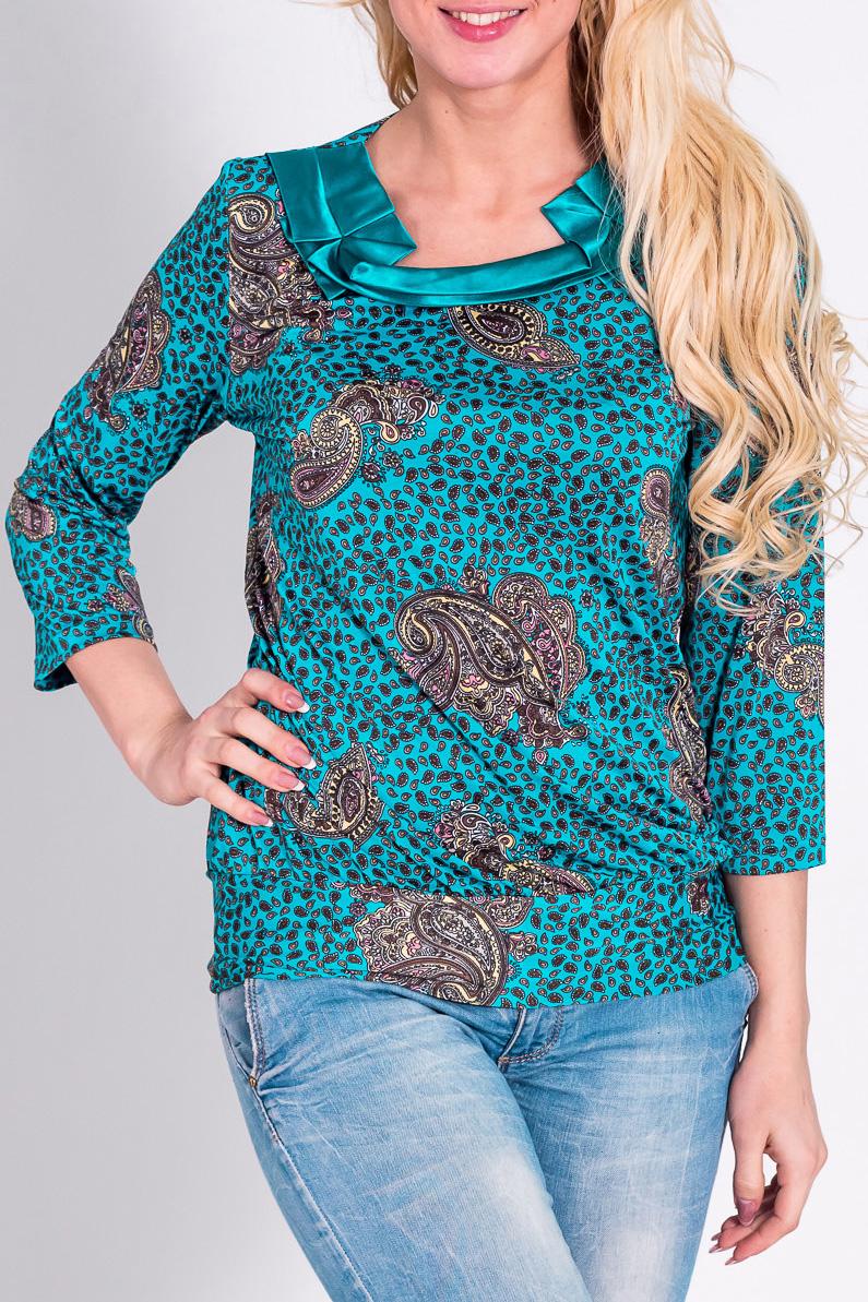 БлузкаБлузки<br>Эффектная блузка с рукавами 3/4. Модель выполнена из приятного трикотажа. Отличный выбор для любого случая.  Цвет: голубой, серый  Рост девушки-фотомодели 170 см<br><br>По материалу: Трикотаж<br>По рисунку: Цветные,С принтом,Этнические<br>По сезону: Весна,Всесезон,Зима,Лето,Осень<br>По силуэту: Полуприталенные<br>По элементам: С декором<br>Рукав: Рукав три четверти<br>Горловина: Фигурная горловина<br>По стилю: Повседневный стиль<br>Размер : 44-46,52-56<br>Материал: Холодное масло<br>Количество в наличии: 2