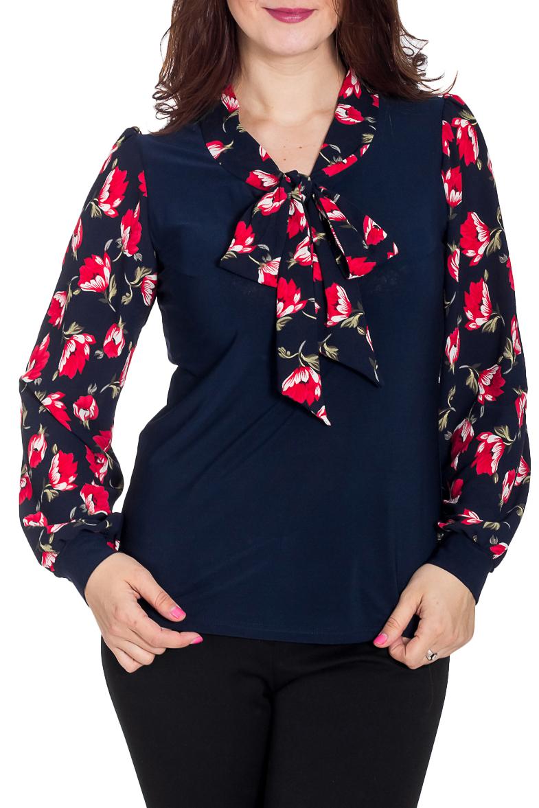 БлузкаБлузки<br>Интересная блузка с длинными рукавами. Модель выполнена из приятного трикотажа. Отличный выбор для повседневного гардероба.   В изделии использованы цвета: синий, красный, зеленый и др.  Рост девушки-фотомодели 180 см<br><br>По материалу: Вискоза,Трикотаж<br>По рисунку: Растительные мотивы,С принтом,Цветные,Цветочные<br>По сезону: Весна,Зима,Лето,Осень,Всесезон<br>По силуэту: Полуприталенные<br>По стилю: Повседневный стиль<br>По элементам: С манжетами<br>Рукав: Длинный рукав<br>Размер : 48<br>Материал: Холодное масло<br>Количество в наличии: 2
