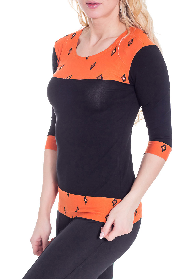 БлузкаБлузки<br>Красивая блузка с круглой горловиной и рукавами 3/4. Модель выполнена из мягкой вискозы. Отличный выбор для повседневного гардероба.  Цвет: черный, оранжевый  Рост девушки-фотомодели 170 см.<br><br>Горловина: С- горловина<br>По материалу: Вискоза,Трикотаж<br>По рисунку: С принтом,Цветные<br>По сезону: Весна,Всесезон,Зима,Лето,Осень<br>По силуэту: Полуприталенные<br>По стилю: Повседневный стиль<br>Рукав: Рукав три четверти<br>Размер : 42<br>Материал: Вискоза<br>Количество в наличии: 1