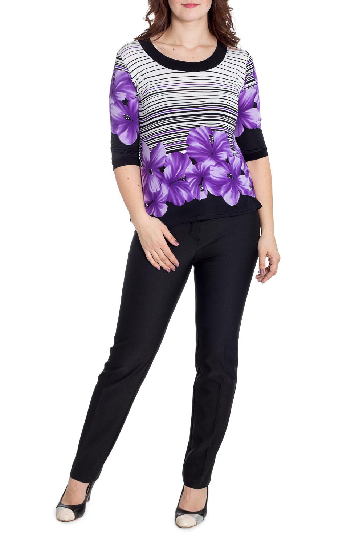 БлузкаБлузки<br>Цветная блузка с круглой горловиной и рукавами 3/4. Модель выполнена из приятного трикотажа. Отличный выбор для любого случая.  В изделии использованы цвета: белый, черный, фиолетовый и др.  Рост девушки-фотомодели 180 см<br><br>Горловина: С- горловина<br>По материалу: Вискоза,Трикотаж<br>По образу: Город,Свидание<br>По рисунку: В полоску,Растительные мотивы,С принтом,Цветные,Цветочные<br>По сезону: Весна,Зима,Лето,Осень,Всесезон<br>По силуэту: Полуприталенные<br>По стилю: Повседневный стиль<br>Рукав: Рукав три четверти<br>Размер : 48,50,54<br>Материал: Холодное масло<br>Количество в наличии: 3