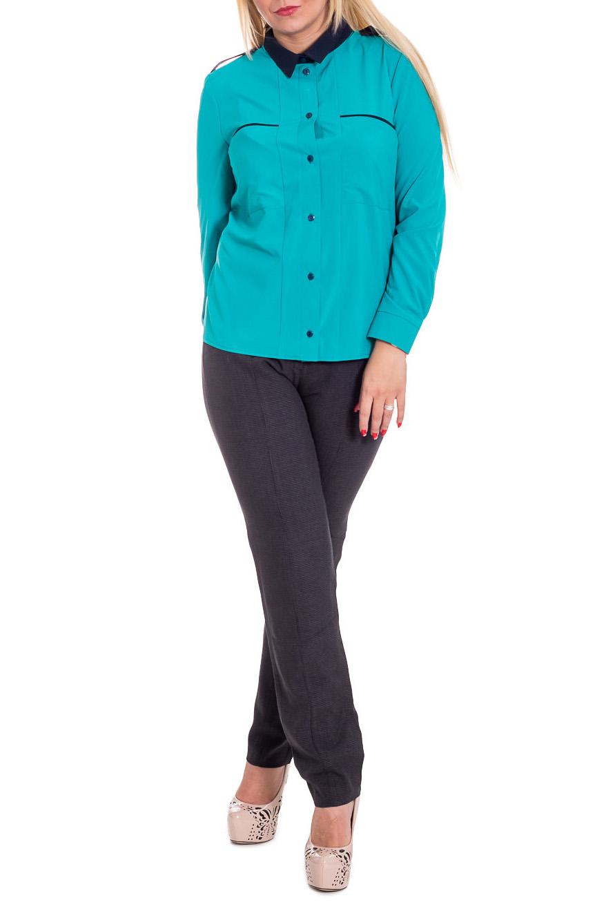 РубашкаРубашки<br>Классическая женская рубашка - это универсальный предмет одежды, в котором можно пойти как на работу, так и на свидание.  Рубашка прямого силуэта. На передней части рельефы, нагрудные карманы и центральная застежка на пуговицы. Воротник стояче-отложной. На плечах погоны. Рукав втачной, длинный, с притачными манжетами и застежкой на пуговицу.  Цвет: бирюзовый, темно-синий (вставки).  Длина рукава - 61 ± 1 см  Рост девушки-фотомодели 170 см  Длина изделия: 46 размер - 62 ± 2 см 48 размер - 62 ± 2 см 50 размер - 62 ± 2 см 52 размер - 62 ± 2 см 54 размер - 64 ± 2 см 56 размер - 64 ± 2 см 58 размер - 64 ± 2 см<br><br>Воротник: Рубашечный,Стояче-отложной<br>Застежка: С пуговицами<br>По материалу: Блузочная ткань,Тканевые<br>По рисунку: Однотонные<br>По сезону: Весна,Зима,Лето,Осень,Всесезон<br>По силуэту: Полуприталенные<br>По стилю: Классический стиль,Кэжуал,Офисный стиль,Повседневный стиль<br>По элементам: С воротником,С декором,С манжетами,С отделочной фурнитурой<br>Рукав: Длинный рукав<br>Размер : 48,50,52,54,56,58<br>Материал: Плательно-блузочная ткань<br>Количество в наличии: 45