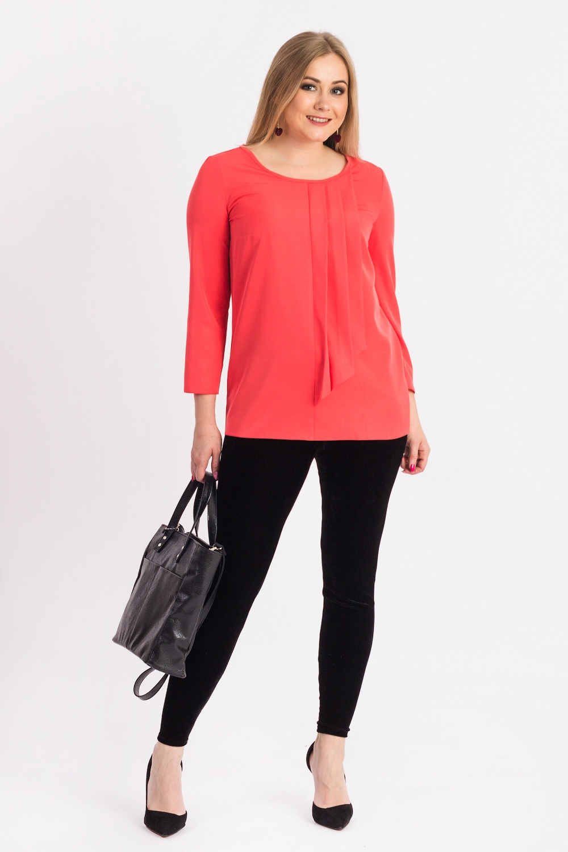 БлузкаБлузки<br>Классическая женская блузка из приятного к телу материала станет основой Вашего повседневного гардероба.  Блузка прямого силуэта. На передней части изделия средний шов с драпированной деталью. На спинке средний шов с капелькой. Горловина окантована. Рукав втачной, 7/8.  Цвет: коралловый.  Длина рукава - 51 ± 1 см  Рост девушки-фотомодели 170 см  Длина изделия: 46 размер - 62 ± 2 см 48 размер - 62 ± 2 см 50 размер - 62 ± 2 см 52 размер - 62 ± 2 см 54 размер - 64 ± 2 см 56 размер - 64 ± 2 см 58 размер - 64 ± 2 см<br><br>Горловина: С- горловина<br>По материалу: Блузочная ткань,Тканевые<br>По образу: Город,Офис,Свидание<br>По рисунку: Однотонные<br>По сезону: Весна,Зима,Лето,Осень,Всесезон<br>По силуэту: Прямые<br>По стилю: Классический стиль,Кэжуал,Офисный стиль,Повседневный стиль<br>По элементам: Со складками<br>Размер : 48,50,52,54,56,58<br>Материал: Блузочная ткань<br>Количество в наличии: 39