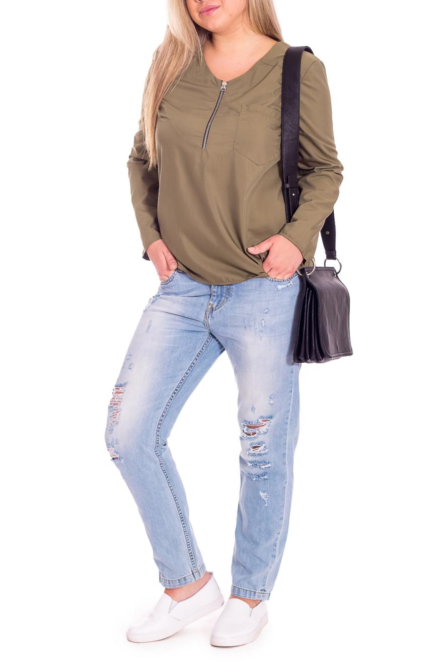 БлузкаБлузки<br>Классическая женская блузка - это универсальный предмет одежды, в котором можно пойти как на работу, так и на свидание.  Блузка прямого силуэта. На передней части изделия кокетки, молния и накладной карман. На спинке средний шов. Горловина обработана обтачкой. Рукав втачной, длинный.  Цвет: оливковый.  Длина рукава - 61 ± 1 см  Рост девушки-фотомодели 170 см  Длина изделия: 46 размер - 63 ± 2 см 48 размер - 63 ± 2 см 50 размер - 63 ± 2 см 52 размер - 63 ± 2 см 54 размер - 65 ± 2 см 56 размер - 65 ± 2 см 58 размер - 65 ± 2 см<br><br>Застежка: С молнией<br>По материалу: Блузочная ткань,Тканевые<br>По образу: Город,Офис,Свидание<br>По рисунку: Однотонные<br>По сезону: Весна,Зима,Лето,Осень,Всесезон<br>По силуэту: Прямые<br>По стилю: Классический стиль,Кэжуал,Офисный стиль,Повседневный стиль<br>По элементам: С декором,С отделочной фурнитурой<br>Рукав: Длинный рукав<br>Размер : 48,50,52,54,56,58<br>Материал: Блузочная ткань<br>Количество в наличии: 45