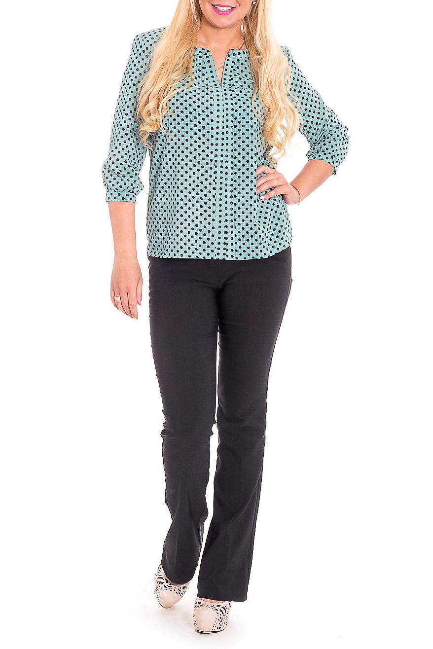 БлузкаБлузки<br>Изысканная женская блузка из приятной к телу блузочной ткани станет основой Вашего повседневного гардероба.  Блузка свободного кроя. На передней части изделия планки и сборка по горловине. Горловина обработана двойной обтачкой. Рукав втачной, 3/4, с притачной манжетой и сборкой по низу.  Цвет: бледно-изумрудный, черный.  Длина рукава - 46 ± 1 см  Рост девушки-фотомодели 170 см  Длина изделия - 61 ± 2 см<br><br>Застежка: С пуговицами<br>По материалу: Блузочная ткань,Тканевые<br>По рисунку: В горошек,Цветные,С принтом<br>По сезону: Весна,Зима,Лето,Осень,Всесезон<br>По силуэту: Прямые,Свободные<br>По стилю: Повседневный стиль<br>По элементам: С декором,С манжетами<br>Рукав: Рукав три четверти<br>Горловина: Фигурная горловина<br>Размер : 46,52,54,56<br>Материал: Блузочная ткань<br>Количество в наличии: 7