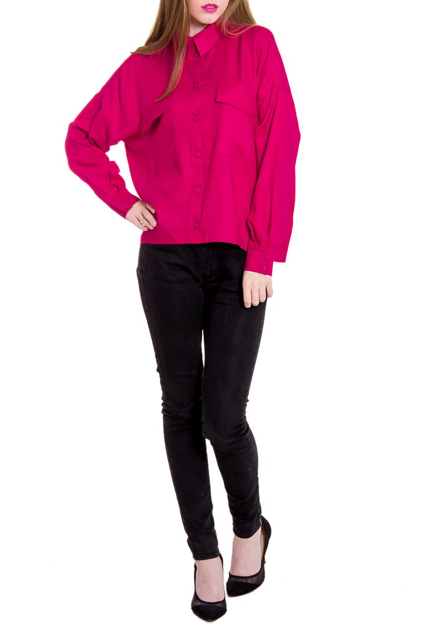 РубашкаРубашки<br>Яркая рубашка является прекрасной базой для делового, романтичного или городского образа. Бесконечные вариации ансамблей помогут выразить модницам свою индивидуальность и гармонично вписаться в окружающую обстановку.  Рубашка свободного кроя с ассиметричным низом выше уровня бедер. Кокетка на передней и задней частях изделия. На передней части застежка на пуговицы с планкой и накладные карманы с клапанами. Воротник стояче-отложной. Рукав длинный с манжетой и застежкой на 2 пуговицы. Цвет: неоновая фуксия.  Длина рукава - 60 ± 2 см  Рост девушки-фотомодели 168 см  Длина изделия - 53 ± 2 см<br><br>Воротник: Рубашечный,Стояче-отложной<br>По материалу: Тканевые,Штапель,Хлопок<br>По образу: Город,Свидание<br>По рисунку: Однотонные<br>По сезону: Весна,Всесезон,Зима,Лето,Осень<br>По силуэту: Свободные<br>По стилю: Кэжуал,Молодежный стиль,Повседневный стиль<br>По элементам: С декором,С карманами,С фигурным низом,С манжетами<br>Рукав: Длинный рукав<br>Застежка: С пуговицами<br>Размер : 48<br>Материал: Плательно-блузочная ткань<br>Количество в наличии: 3