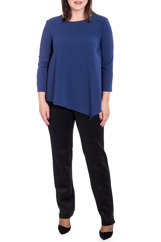 БлузкаБлузки<br>Эта замечательная асимметричная блузка позволит Вам чувствовать себя раскованно и непринужденно. Изделие поможет выразить Ваш стиль.  Блузка силуэта трапеция с асимметричным низом. На спинке средний шов. Горловина круглая. Рукав втачной, с чуть спущенной линией плеча, 7/8.  Цвет: синий.  Длина рукава - 49 ± 1 см  Рост девушки-фотомодели 173 см  Длина изделия - 61 ± 2 см<br><br>Горловина: С- горловина<br>По материалу: Тканевые<br>По образу: Город,Офис,Свидание<br>По рисунку: Однотонные<br>По сезону: Зима,Осень,Весна<br>По силуэту: Свободные<br>По стилю: Классический стиль,Кэжуал,Офисный стиль,Повседневный стиль<br>По элементам: С фигурным низом<br>Рукав: Рукав три четверти<br>Размер : 52<br>Материал: Костюмно-плательная ткань<br>Количество в наличии: 1