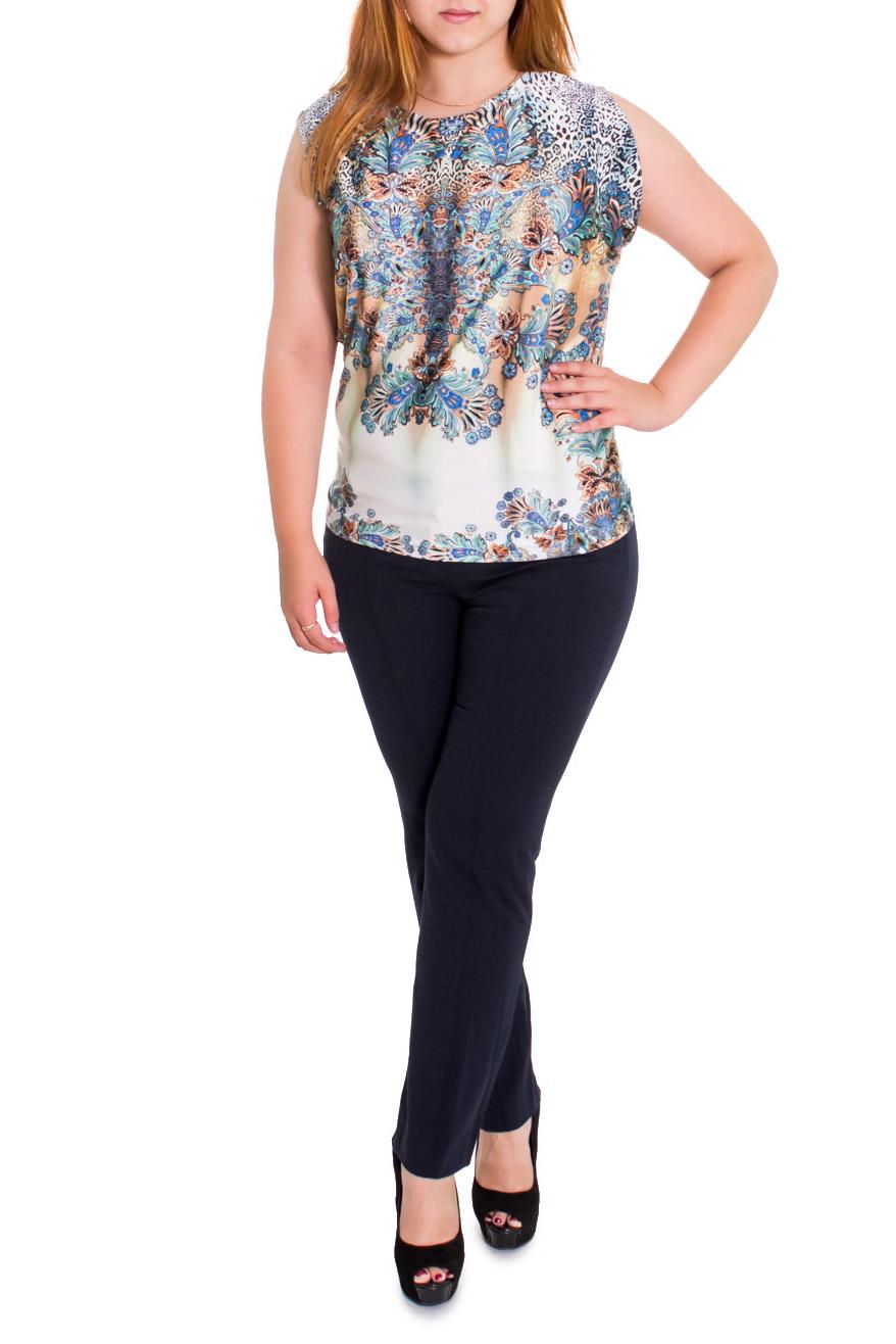 БлузкаБлузки<br>Элегантная женственная блузка полуприталенного кроя для прекрасных дам. Цвет: на белом фоне голубовато-коричневый принт.  Рост девушки-фотомодели 169 см  Длина изделия - 65 ± 2 см<br><br>Горловина: С- горловина<br>По образу: Город,Свидание<br>По рисунку: Абстракция,Цветные,С принтом<br>По сезону: Весна,Всесезон,Зима,Лето,Осень<br>По силуэту: Полуприталенные<br>По материалу: Трикотаж<br>По стилю: Летний стиль,Повседневный стиль<br>Рукав: Без рукавов<br>Размер : 48,50,58<br>Материал: Холодное масло<br>Количество в наличии: 11