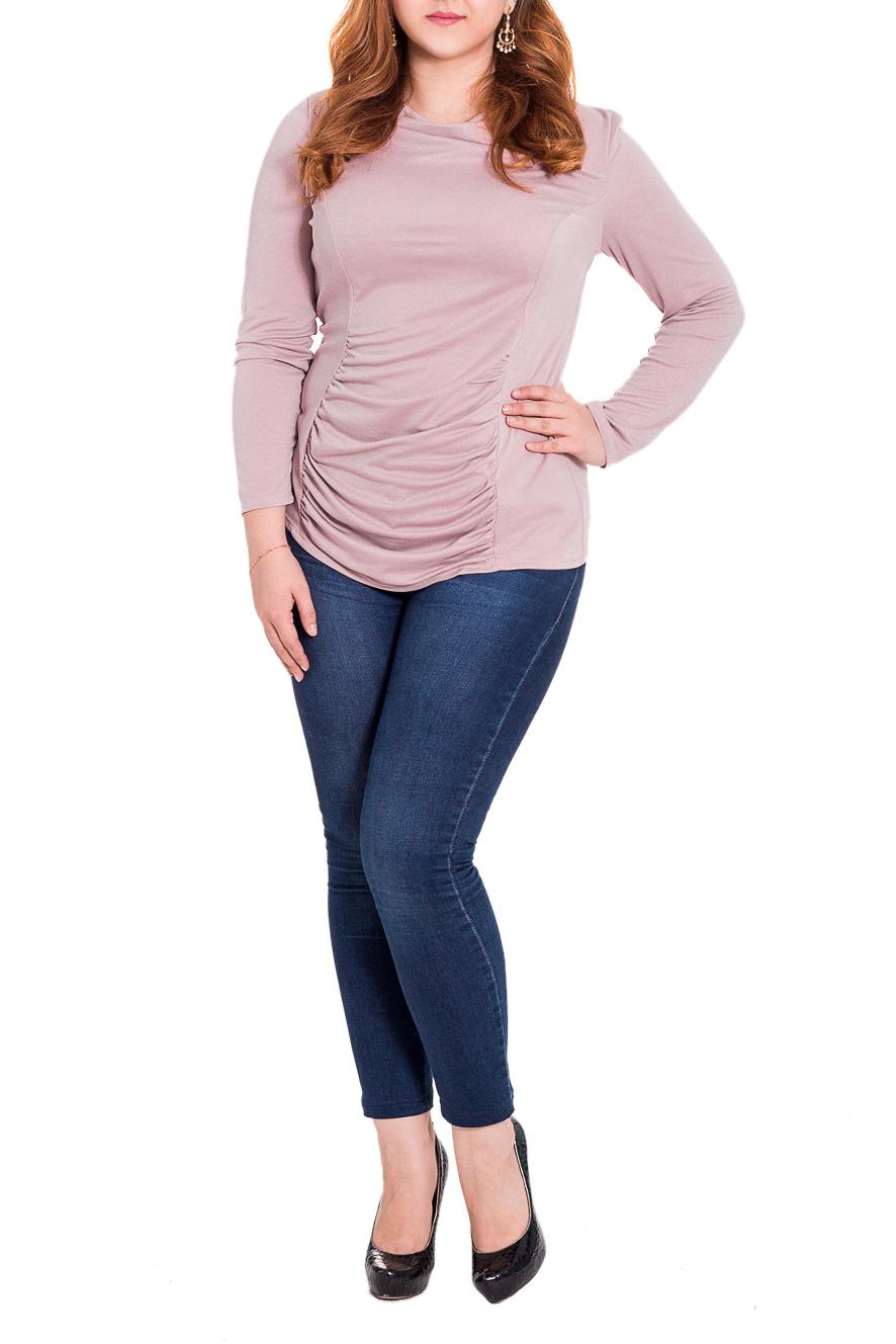 ДжемперДжемперы<br>Классический женский джемпер приталенного силуэта с рельефами и драпировкой на передней части изделия. Горловина quot;качельquot;. Рукав втачной, длинный. Цвет: приглушенный розовый.  Длина рукава - 60 ± 1 см  Рост девушки-фотомодели 169 см  Длина изделия - 64 ± 2 см<br><br>Горловина: Качель<br>По материалу: Трикотаж,Хлопок<br>По рисунку: Однотонные<br>По сезону: Весна,Осень<br>По силуэту: Приталенные<br>По стилю: Классический стиль,Офисный стиль,Повседневный стиль<br>По элементам: С декором,Со складками<br>Рукав: Длинный рукав<br>Размер : 48,50,52,54,56,58<br>Материал: Трикотаж<br>Количество в наличии: 24