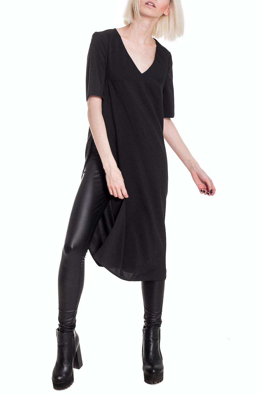 БлузкаБлузки<br>Наличие удлиненной блузки в коллекциях ведущих модельеров в очередной раз доказывает, что это не только стильная и модная вещь, но и неотъемлемая часть женского гардероба. В новом сезоне актуальной моделью становятся удлиненные блузки, которые выполнены в спортивном и классическом стиле. Предпочтение отдается всем оттенкам темного.  Удлиненная блузка с разрезами по бокам от талии. Горловина обработана обтачкой. Рукав втачной. короткий. Цвет: черный.  Длина рукава - 26 ± 1 см  Рост девушки-фотомодели 164 см  Длина изделия - 103 ± 2 см<br><br>Горловина: V- горловина<br>По материалу: Блузочная ткань,Костюмные ткани,Тканевые<br>По образу: Город,Свидание<br>По рисунку: Однотонные<br>По сезону: Весна,Всесезон,Зима,Лето,Осень<br>По силуэту: Прямые<br>По стилю: Кэжуал,Молодежный стиль,Повседневный стиль,Ультрамодный стиль<br>По элементам: С вырезом,С декором<br>Рукав: Короткий рукав<br>Размер : 40,42,44,46,48,50,52<br>Материал: Плательно-блузочная ткань<br>Количество в наличии: 5