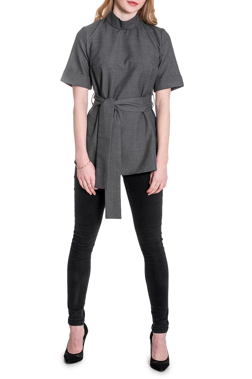 БлузкаБлузки<br>Классическая женская блузка – это универсальный предмет одежды, в котором можно пойти как на работу, так и на свидание.  Блузка прямого силуэта со съемным поясом по талии и шлевками. По боковым швам закругленные разрезы. На спинке средний шов и молния. Воротник стойка. Рукав втачной, чуть выше локтя, с манжетой на отворот.  Цвет: серый.  Длина рукава - 28 ± 1 см  Рост девушки-фотомодели 173 см  Длина изделия - 66 ± 2 см<br><br>Воротник: Стойка<br>Застежка: С молнией<br>По материалу: Блузочная ткань,Тканевые<br>По рисунку: Однотонные<br>По сезону: Весна,Зима,Лето,Осень,Всесезон<br>По силуэту: Прямые<br>По стилю: Кэжуал,Офисный стиль,Повседневный стиль,Винтаж<br>По элементам: С воротником,С манжетами,С поясом<br>Рукав: До локтя,Короткий рукав<br>Размер : 42,44,46,48,50,52<br>Материал: Плательно-блузочная ткань<br>Количество в наличии: 15