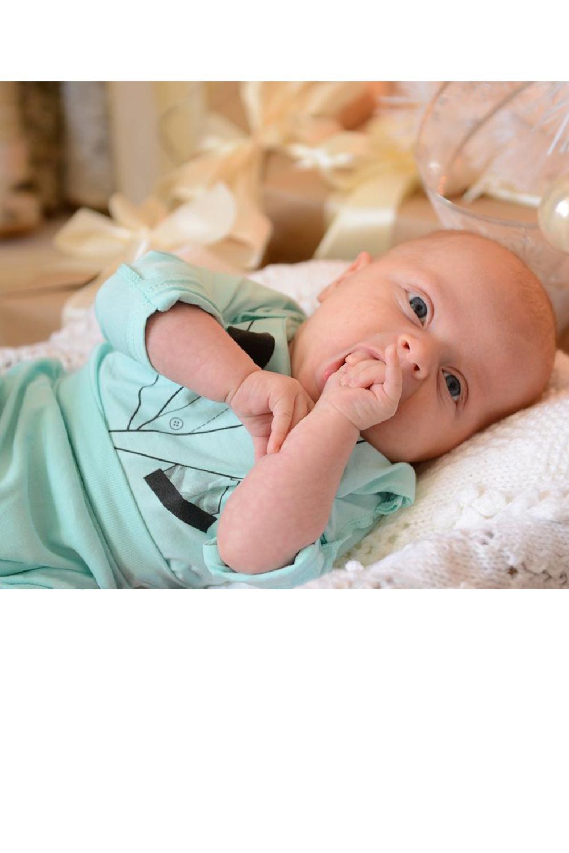 КофточкаКофточки<br>Кофточка для новорожденного из мягкого хлопка.  Размер 50-56 соответствует росту 50-56 см Размер 56-62 соответствует росту 56-62 см Размер 62-68 соответствует росту 62-68 см Размер 68-74 соответствует росту 68-74 см Размер 74-80 соответствует росту 74-80 см Размер 80-86 соответствует росту 80-86 см  Цвет: светло-бирюзовый<br><br>По сезону: Всесезон<br>Размер : 50-56,56-62<br>Материал: Хлопок<br>Количество в наличии: 6