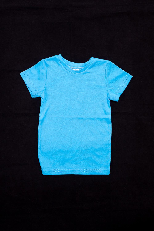 ФутболкаФутболки<br>Хлопковая футболка для мальчика  Цвет: голубой  Размер 74 соответствует росту 70-73 см Размер 80 соответствует росту 74-80 см Размер 86 соответствует росту 81-86 см Размер 92 соответствует росту 87-92 см Размер 98 соответствует росту 93-98 см Размер 104 соответствует росту 98-104 см Размер 110 соответствует росту 105-110 см Размер 116 соответствует росту 111-116 см Размер 122 соответствует росту 117-122 см Размер 128 соответствует росту 123-128 см Размер 134 соответствует росту 129-134 см Размер 140 соответствует росту 135-140 см Размер 146 соответствует росту 141-146 см Размер 152 соответствует росту 147-152 см Размер 158 соответствует росту 153-158 см Размер 164 соответствует росту 159-164 см<br><br>Горловина: С- горловина<br>По материалу: Трикотажные,Хлопковые<br>По образу: Повседневные,Спорт,Уличные<br>По рисунку: Однотонные<br>По сезону: Весна,Зима,Лето,Осень,Всесезон<br>По силуэту: Полуприталенные<br>По стилю: Повседневные,Спортивные<br>Рукав: Короткий рукав<br>По возрасту: Ясельные ( от 1 до 3 лет)<br>Размер : 80<br>Материал: Трикотаж<br>Количество в наличии: 1