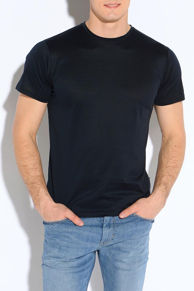 ФутболкаФутболки<br>Классическая мужская футболка из приятного трикотажа.Классическая мужская футболка из высокотехнологичного мерсеризованного хлопка, который не садится и не мнется при стирке. Благодаря специальной обработке, мерсеризованный хлопок приобретает легкий шелковый блеск, становится более гладким, приятным на ощупь.  Цвет: темно-синий.  Рост мужчины-фотомодели 182 см.<br><br>По сезону: Всесезон<br>Размер : 50<br>Материал: Трикотаж<br>Количество в наличии: 1