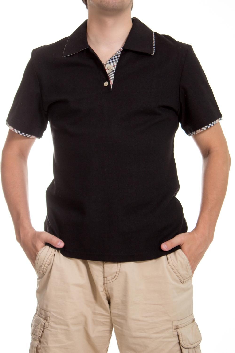 ФутболкаФутболки<br>Оригинальная футболка поло выполнена из высококачественного материала. Незаменимая модель в гардеробе каждого мужчины. Идеально будет сочетаться с джинсами.  Цвет: черный  Ростовка изделия 175-180 см.<br><br>По сезону: Всесезон<br>Размер : 48<br>Материал: Лен<br>Количество в наличии: 1