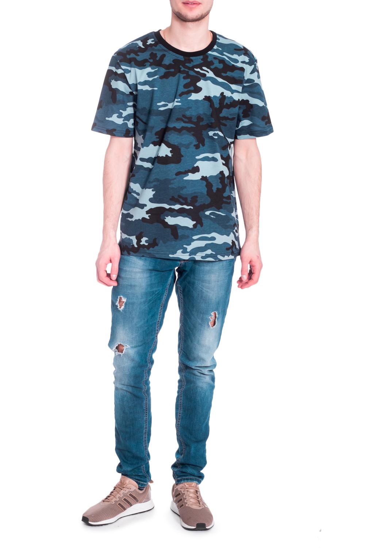 ДжемперФутболки<br>Стильная мужская футболка полуприталенного силуэта. Модель выполнена из мягкого хлопка. Отличный выбор для повседневного гардероба.  В изделии использованы цвета: темно-синий, черный и др.  Рост мужчины-фотомодели 182 см<br><br>По сезону: Всесезон<br>Размер : 44,46,48,50,52,54,56,58,60<br>Материал: Трикотаж<br>Количество в наличии: 25