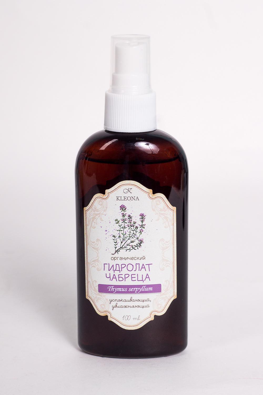 Гидролат ЧабрецГидролаты<br>Гидролат Чабрец, 100 мл.  Гидролат чабреца с теплым пряно-маслянистым запахом подходит для любого типа кожи. Деликатно очищает, увлажняет, освежает и успокаивает кожу. Улучшает ее состояние: сужает поры, тонизирует, придает приятную бархатистость. Благодаря вяжущему действию нормализует секрецию сальных желез, оказывает легкое матирующее действие, устраняет раздражение на коже. Обладает сильными антисептическими свойствами, уменьшает покраснения, воспаления и высыпания. Регенерирует и восстанавливает жизненную силу волос и кожи головы после химического повреждения в процессе окрашивания волос.<br><br>Тип аромата: Травяной<br>Эффект: Увлажнение,Успокаивающий<br>Размер : UNI<br>Количество в наличии: 1