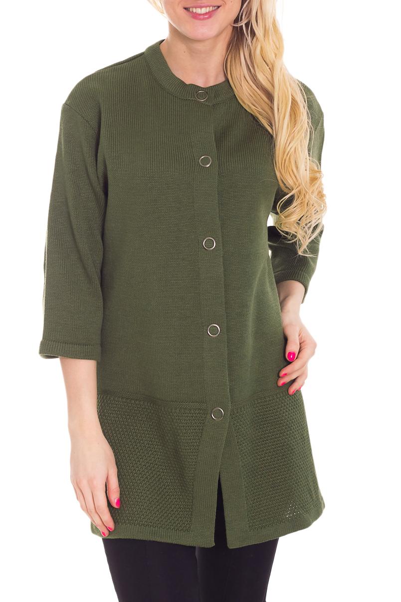 КардиганКардиганы<br>Яркий кардиган с рукавами 3/4. Застежка на кнопки. Вязаный трикотаж - это красота, тепло и комфорт. В вязанной одежде очень легко оставаться женственной и в то же время не замёрзнуть.Можно носить как летнее пальто.Цвет: зеленыйРост девушки-фотомодели 170 см<br><br>Горловина: С- горловина<br>Застежка: С кнопками<br>Рукав: Рукав три четверти<br>Материал: Вязаные,Трикотаж<br>Рисунок: Однотонные<br>Сезон: Весна,Осень<br>Силуэт: Прямые<br>Стиль: Повседневный стиль<br>Длина: Средней длины<br>Размер : 44<br>Материал: Вязаное полотно<br>Количество в наличии: 1