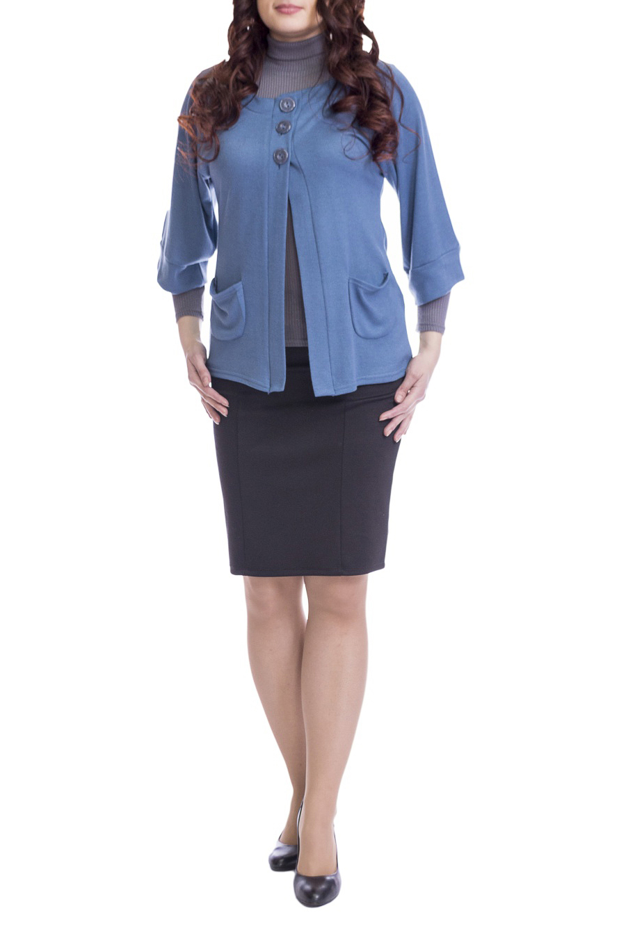 КардиганКардиганы<br>Однотонный кардиган свободного силуэта с рукавами 3/4 и застежкой на пуговицы. Модель выполнена из мягкого трикотажа. Отличный выбор для повседневного и делового гардероба.  Цвет: сине-голубой  Рост девушки-фотомодели 170 см.<br><br>Горловина: С- горловина<br>Застежка: С пуговицами<br>По длине: Короткие<br>По материалу: Трикотаж<br>По рисунку: Однотонные<br>По силуэту: Свободные<br>По стилю: Офисный стиль,Повседневный стиль<br>По элементам: С карманами<br>Рукав: Рукав три четверти<br>По сезону: Осень,Весна<br>Размер : 44,48,50<br>Материал: Трикотаж<br>Количество в наличии: 3