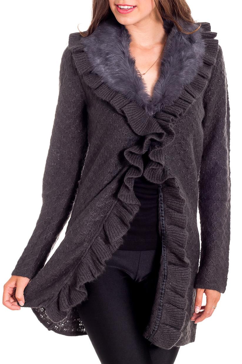 КардиганКардиганы<br>Однотонный кардиган с длинными рукавами из вязаного трикотажа. Вязаный трикотаж - это красота, тепло и комфорт. В вязанных вещах очень легко оставаться женственной и в то же время не замёрзнуть.  Цвет: серый  Рост девушки-фотомодели 170 см<br><br>Горловина: V- горловина<br>По материалу: Вязаные,Трикотаж<br>По рисунку: Однотонные<br>По сезону: Весна,Осень,Зима<br>По силуэту: Полуприталенные<br>По стилю: Повседневный стиль<br>По элементам: С декором<br>Рукав: Длинный рукав<br>По длине: Средней длины<br>Размер : 48-50,50-52<br>Материал: Вязаное полотно<br>Количество в наличии: 2