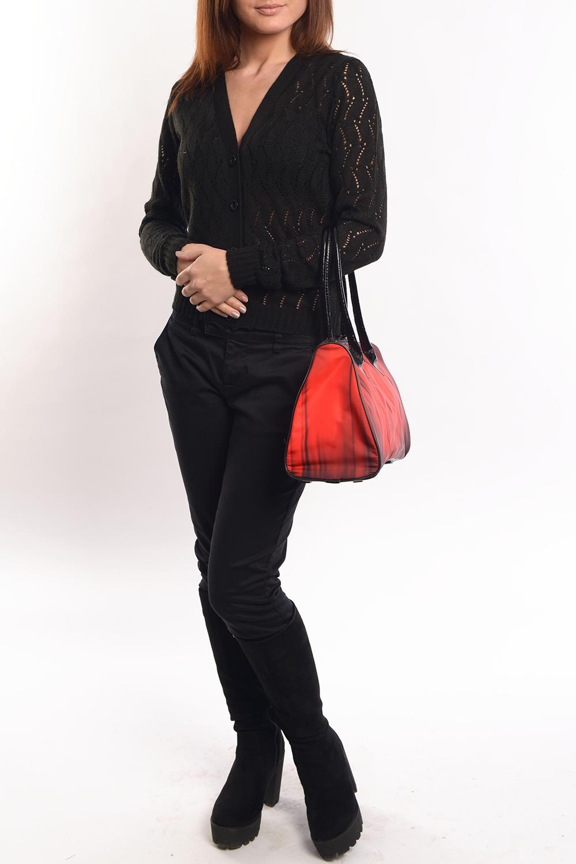 ЖакетКардиганы<br>Жакет классического фасона с утонченным ажурным плетением. Всегда модный и актуальный.  Его можно носить отдельным предметом или дополнением ансамбля на водолазку, топ или блузу.   Длина изделия 53 см.   Цвет: черный  Ростовка изделия 170 см.<br><br>Горловина: V- горловина<br>Застежка: С пуговицами<br>По длине: Средней длины<br>По материалу: Вязаные<br>По образу: Город,Свидание<br>По рисунку: Однотонные<br>По сезону: Весна,Зима,Лето,Осень,Всесезон<br>По силуэту: Полуприталенные<br>По стилю: Повседневный стиль<br>По элементам: С манжетами<br>Рукав: Длинный рукав<br>Размер : 42<br>Материал: Вязаное полотно<br>Количество в наличии: 1