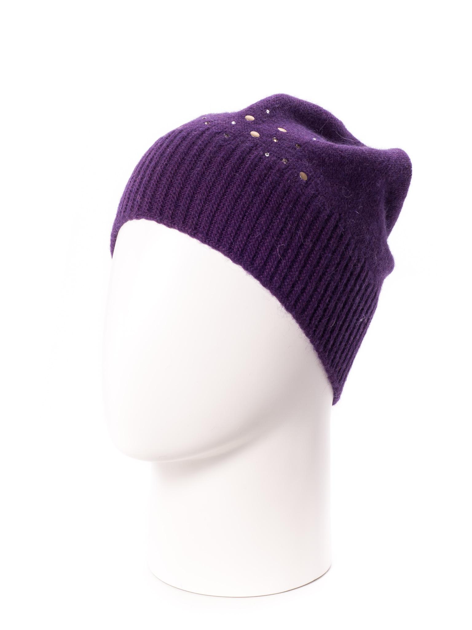 ШапкаШапки<br>Стильная шапка защитит Вас от непогоды и станет прекрасным дополнением Вашего образа.  В изделии использованы цвета: фиолетовый<br><br>По материалу: Вязаные<br>По рисунку: Однотонные<br>По элементам: С декором<br>По сезону: Зима<br>Размер : universal<br>Материал: Вязаное полотно<br>Количество в наличии: 1