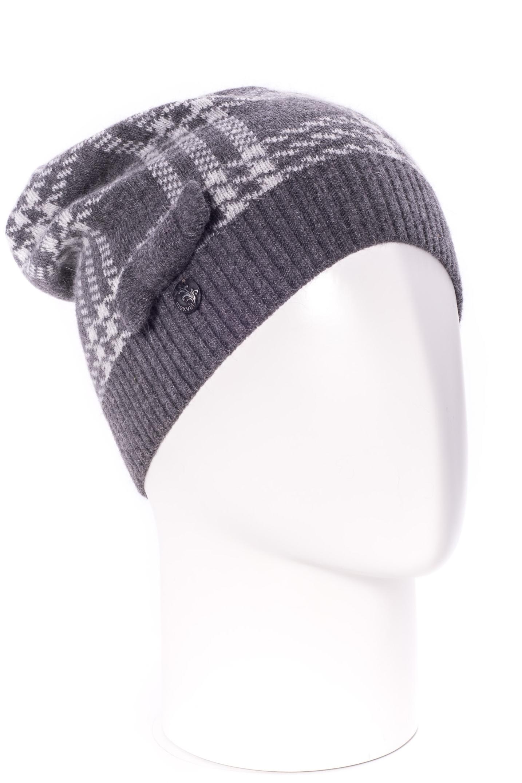 ШапкаШапки<br>Стильная шапка защитит Вас от непогоды и станет прекрасным дополнением Вашего образа.  В изделии использованы цвета: серый<br><br>По материалу: Вязаные<br>По рисунку: В клетку,Однотонные<br>По элементам: С декором<br>По сезону: Зима<br>Размер : universal<br>Материал: Вязаное полотно<br>Количество в наличии: 1