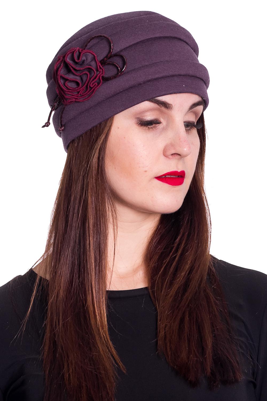 ШапкаШапки<br>Красивая шапка защитит Вас от непогоды и станет прекрасным дополнением Вашего образа.  Цвет: фиолетовый  Размер 56-58 равен обхвату головы в сантиметрах.  Обхват головы измеряется по лобной части над уровнем бровей (на 2-3 сантиметра выше) и по самой выпуклой затылочной части.<br><br>По материалу: Трикотаж<br>По рисунку: Однотонные<br>По элементам: С декором<br>По сезону: Осень,Весна<br>Размер : universal<br>Материал: Трикотаж<br>Количество в наличии: 1