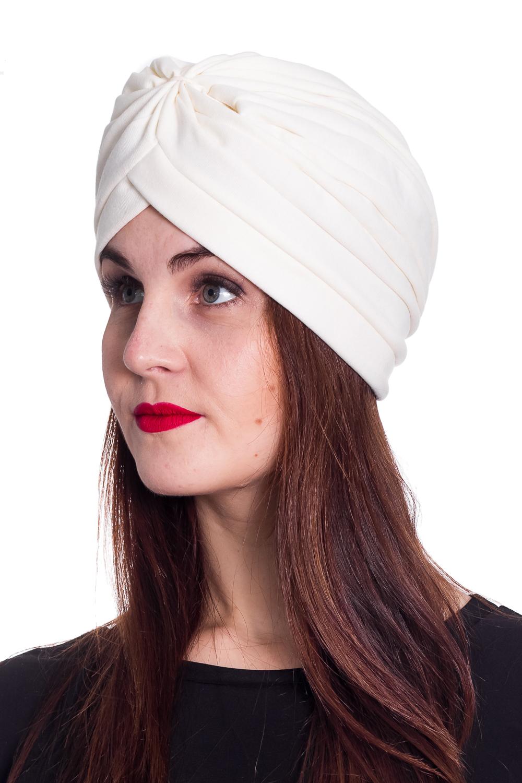 ЧалмаШапки<br>Стильная шапка с флисовым подкладом защитит Вас от непогоды и станет прекрасным дополнением Вашего образа.  Цвет: молочный  Размер 54-56 равен обхвату головы в сантиметрах.  Обхват головы измеряется по лобной части над уровнем бровей (на 2-3 сантиметра выше) и по самой выпуклой затылочной части.<br><br>По материалу: Трикотаж<br>По рисунку: Однотонные<br>По сезону: Осень,Зима<br>По элементам: С декором<br>Размер : universal<br>Материал: Трикотаж<br>Количество в наличии: 1