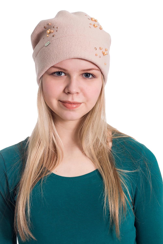 ШапкаШапки<br>Мягкая форма с композицией из перламутровых бусин защитит Вас от непогоды и станет прекрасным дополнением Вашего образа.  В изделии использованы цвета: розовая пудра  Размер universal (56-58) равен обхвату головы в сантиметрах  Обхват головы измеряется по лобной части над уровнем бровей (на 2-3 сантиметра выше) и по самой выпуклой затылочной части.<br><br>По материалу: Трикотаж,Шерсть<br>По рисунку: Однотонные<br>По элементам: С декором<br>По сезону: Осень,Весна<br>Размер : universal<br>Материал: Вязаное полотно<br>Количество в наличии: 2