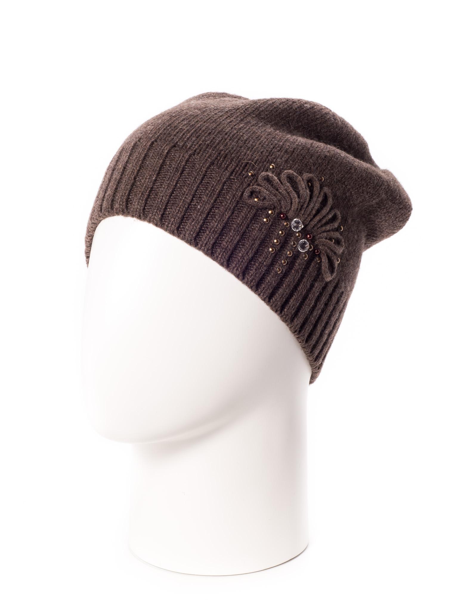 ШапкаШапки<br>Стильная шапка защитит Вас от непогоды и станет прекрасным дополнением Вашего образа.  В изделии использованы цвета: коричневый<br><br>По материалу: Вязаные<br>По рисунку: Однотонные<br>По элементам: С декором<br>По сезону: Зима<br>Размер : universal<br>Материал: Вязаное полотно<br>Количество в наличии: 1