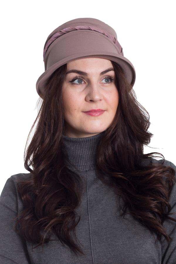 ШляпаШляпы<br>Чудесная шляпа защитит Вас от непогоды и станет прекрасным дополнением Вашего образа.  Цвет: светло-коричневый  Размер universal (56-58) равен обхвату головы в сантиметрах  Обхват головы измеряется по лобной части над уровнем бровей (на 2-3 сантиметра выше) и по самой выпуклой затылочной части.<br><br>Сезон: Осень,Весна<br>Размер : universal<br>Материал: Трикотаж<br>Количество в наличии: 1