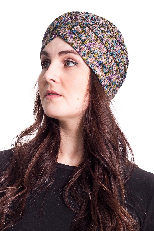 ЧалмаШапки<br>Стильная шапка на подкладе защитит Вас от непогоды и станет прекрасным дополнением Вашего образа.  В изделии использованы цвета: серый, голубой, зеленый и др.  Размер universal (54-56) равен обхвату головы в сантиметрах  Обхват головы измеряется по лобной части над уровнем бровей (на 2-3 сантиметра выше) и по самой выпуклой затылочной части.<br><br>Материал: Трикотаж<br>Рисунок: С принтом,Цветные<br>Сезон: Весна,Осень<br>Элементы: С подкладом<br>Размер : universal<br>Материал: Трикотаж<br>Количество в наличии: 1