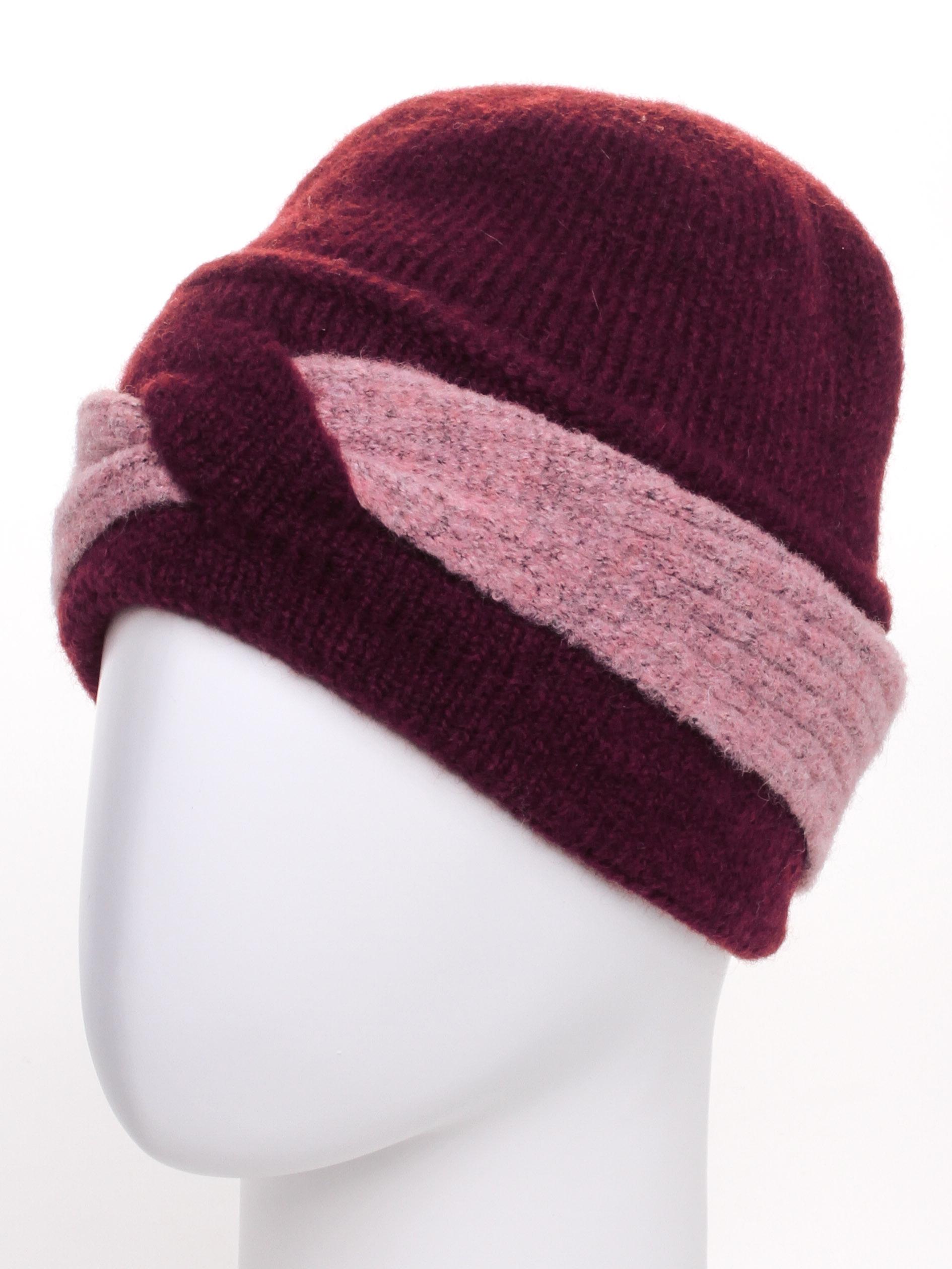 ШапкаШапки<br>Цветная шапка подарит Вам тепло и комфорт.  Стильный аксессуар защитит Вас от непогоды и станет прекрасным дополнением Вашего образа.  В изделии использованы цвета: бордовый, розовый<br><br>По материалу: Вязаные,Трикотаж<br>По рисунку: Цветные<br>По элементам: С декором<br>По сезону: Зима<br>Размер : universal<br>Материал: Вязаное полотно<br>Количество в наличии: 1