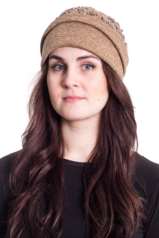 ШапкаШляпы<br>Чудесная шляпа с подкладом из флиса защитит Вас от непогоды и станет прекрасным дополнением Вашего образа.  В изделии использованы цвета: бежевый  Размер universal (56-58) равен обхвату головы в сантиметрах  Обхват головы измеряется по лобной части над уровнем бровей (на 2-3 сантиметра выше) и по самой выпуклой затылочной части.<br><br>По сезону: Осень,Весна<br>Размер : universal<br>Материал: Трикотаж<br>Количество в наличии: 2