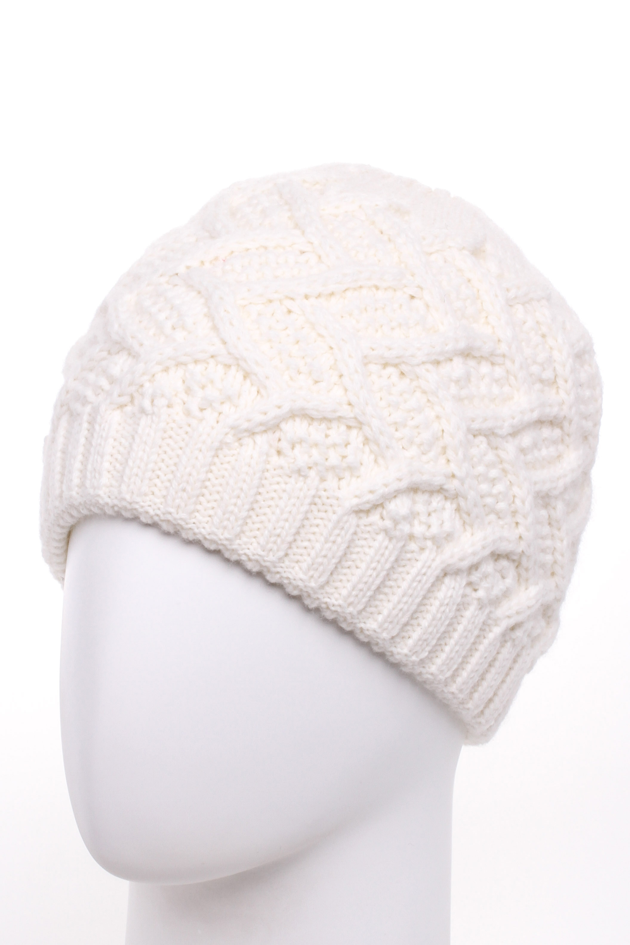 ШапкаШапки<br>Вязаная шапка подарит Вам тепло и комфорт, а так же подчеркнет Вашу женственность и станет прекрасным дополнением Вашего образа.  Цвет: белый<br><br>По материалу: Вязаные<br>По рисунку: Однотонные<br>По сезону: Зима<br>Размер : universal<br>Материал: Вязаное полотно<br>Количество в наличии: 1
