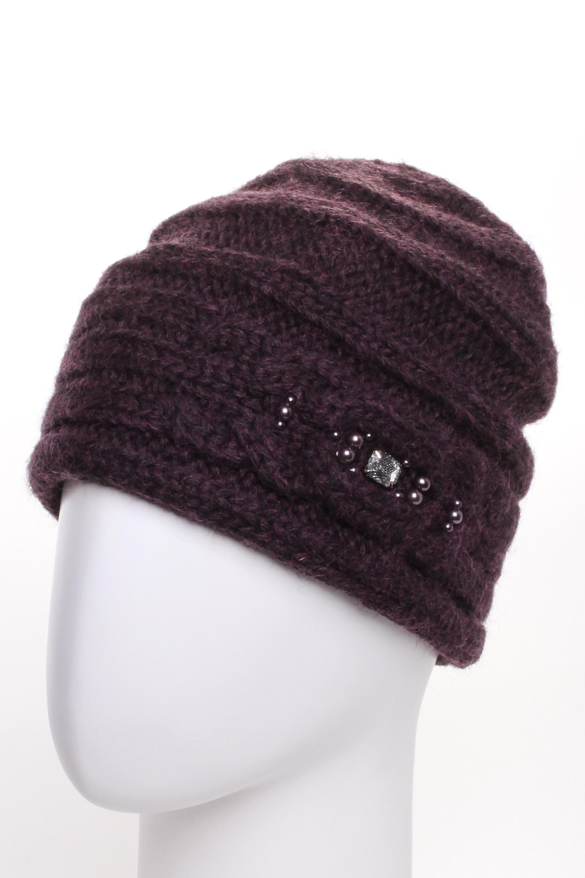 ШапкаШапки<br>Красивая шапка подарит Вам тепло и комфорт.  Стильный аксессуар защитит Вас от непогоды и станет прекрасным дополнением Вашего образа.  Цвет: коричневый<br><br>По материалу: Вязаные,Трикотаж<br>По рисунку: Однотонные<br>По элементам: С декором<br>По сезону: Зима<br>Размер : universal<br>Материал: Вязаное полотно<br>Количество в наличии: 1